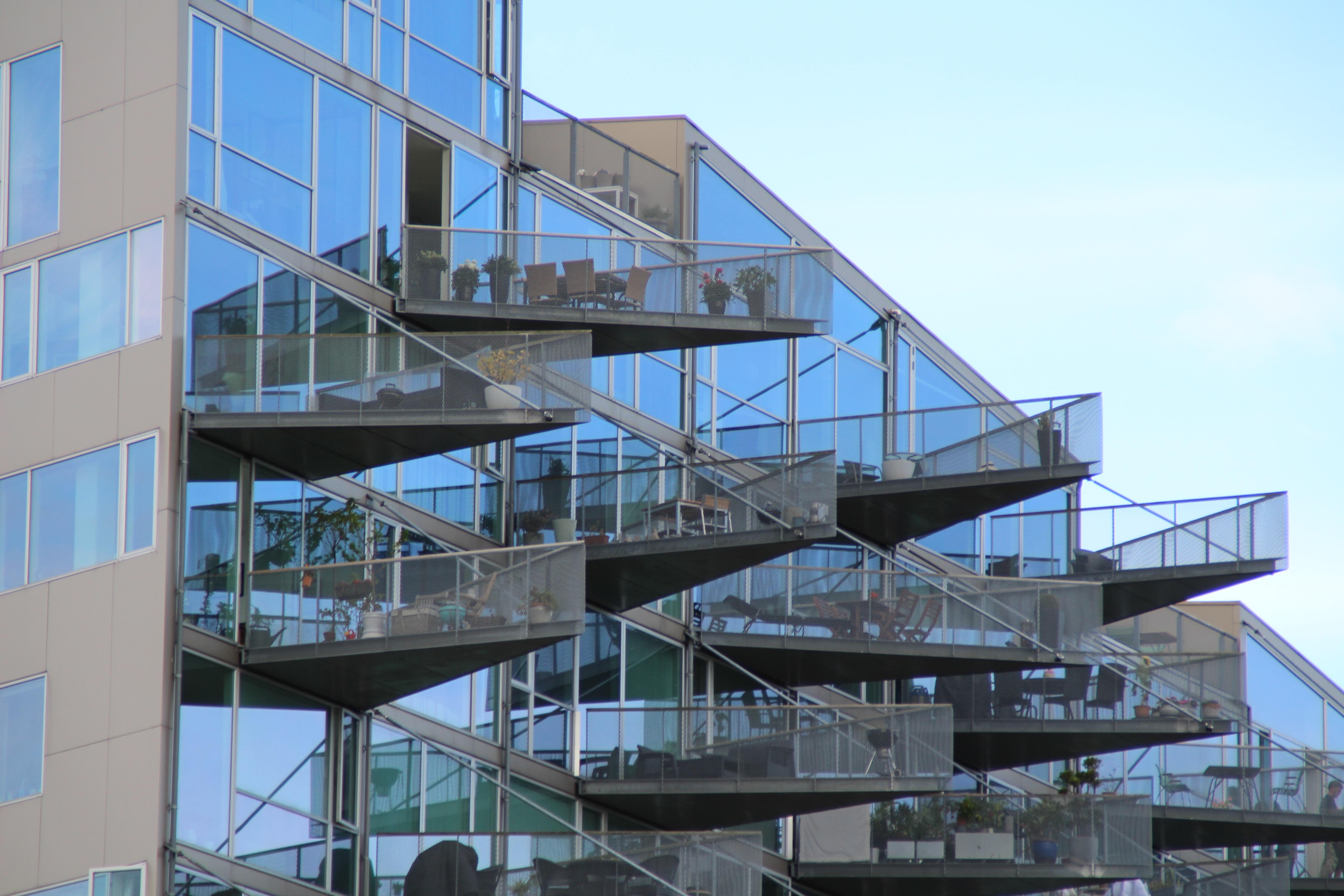 balcony-1978399